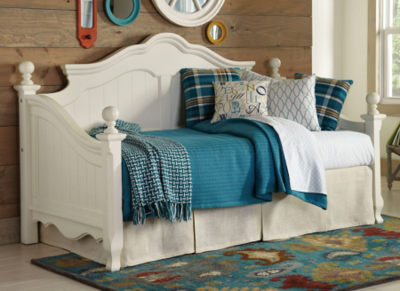 White Country Style Daybed