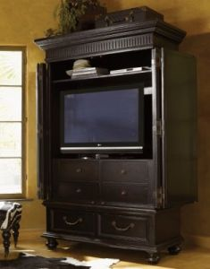 tommy-bahama-kingstown-trafalgar-armoire-2