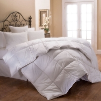downlite-stearns-foster-estate-luxury-comforter